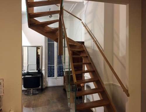 Escalier en chêne lamellé collé